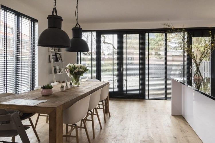 In 5 stappen de juiste raamdecoratie kiezen voor jouw woning